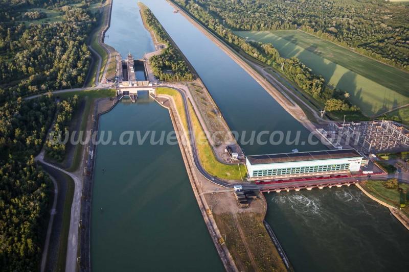Ecluse et centrale hydroélectrique de Marckolsheim
