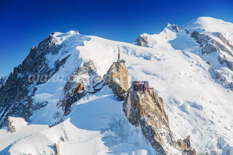 L'Aiguille du Midi - Massif du Mont-Blanc (3842m)