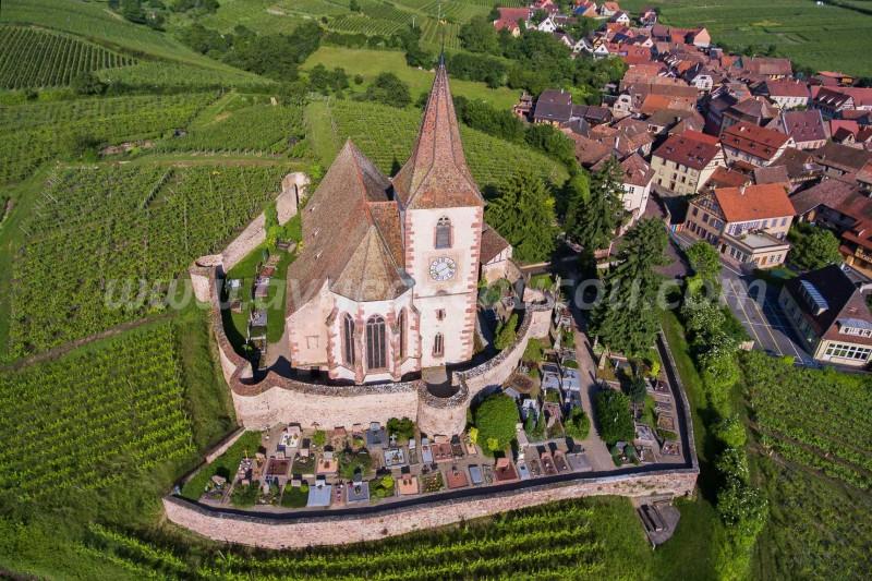 Église fortifiée Saint-Jacques-le-Majeurd'Hunawihr