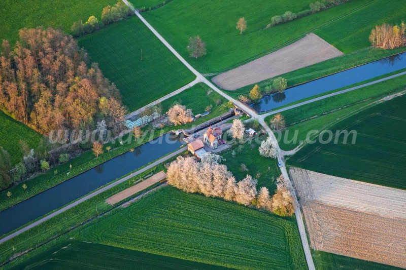 Maison éclusière - Canal du Rhône au Rhin